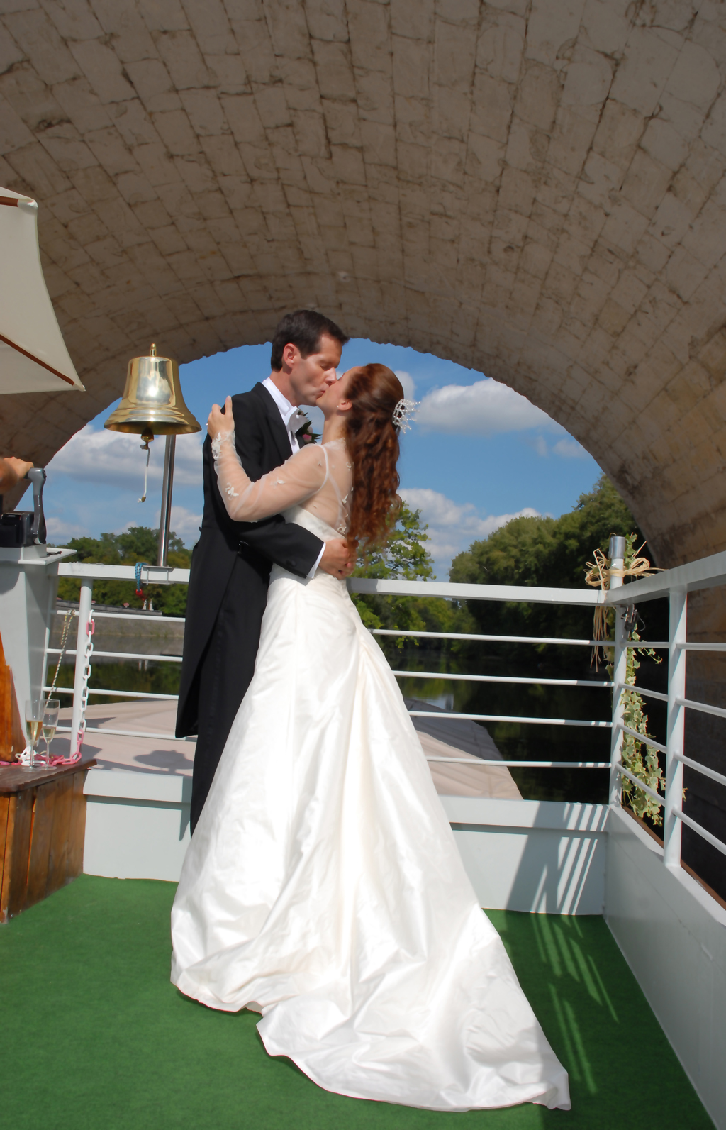 Castle-Key-Destination-Weddings-Specialist-Loire-Valley-France